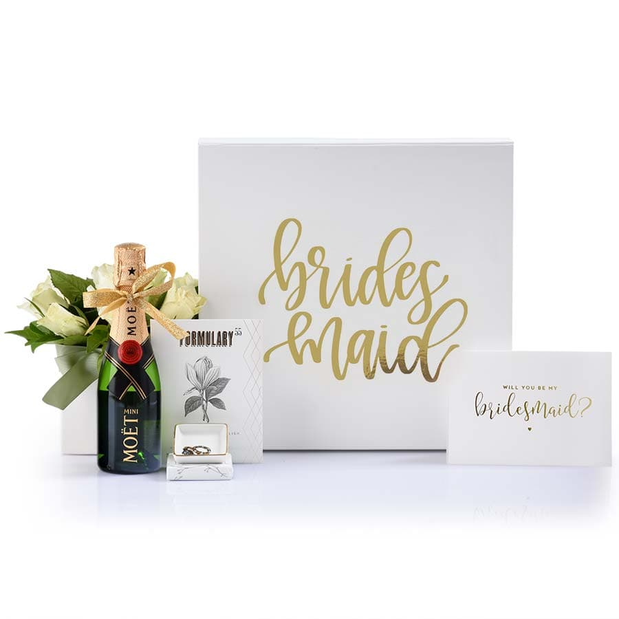 A gorgeous gift box for your bridesmaid proposal